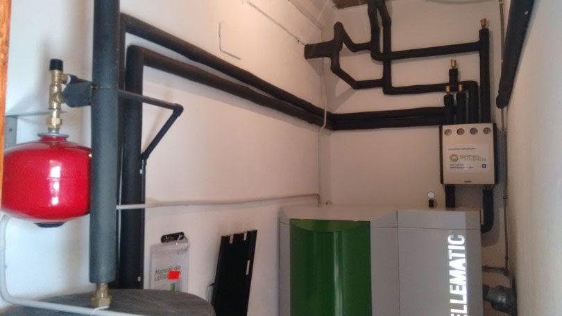 Caldera de pellets en vivienda unifamiliar de A Cañiza (Pontevedra)
