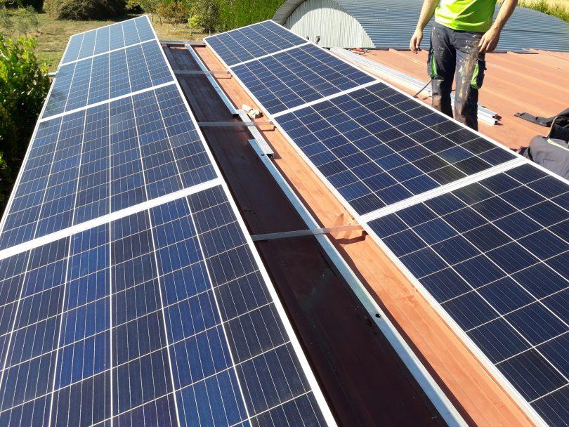 Instalación solar fotovoltaica para autoconsumo en Cuntis
