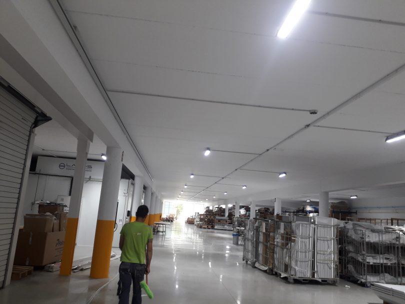 Iluminación LED en Nave Industrial O Rosal