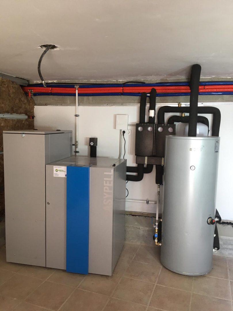 Caldera de Pellets Easypell 20kW, instalada en Cuntis