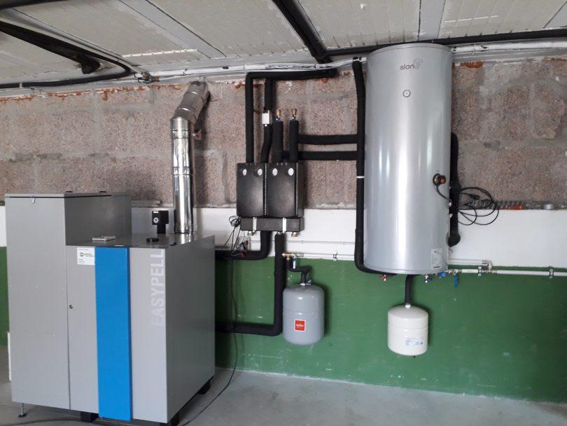 Caldera de Pellets Easypell 20kW instalada en Mos ( Louredo)