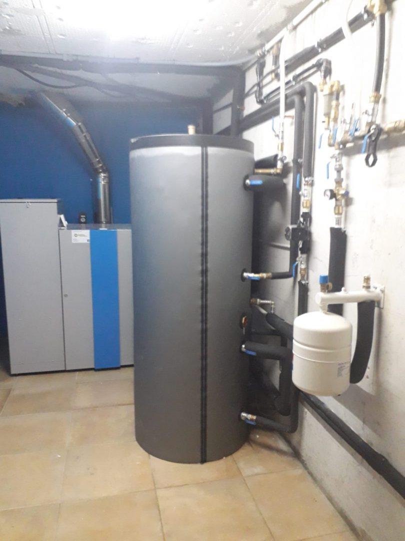 Caldera de Pellets 32kW instalada en Vigo (Valladares)